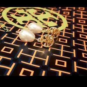 New! Tory Burch Freshwater Pearl Drop Earrings!